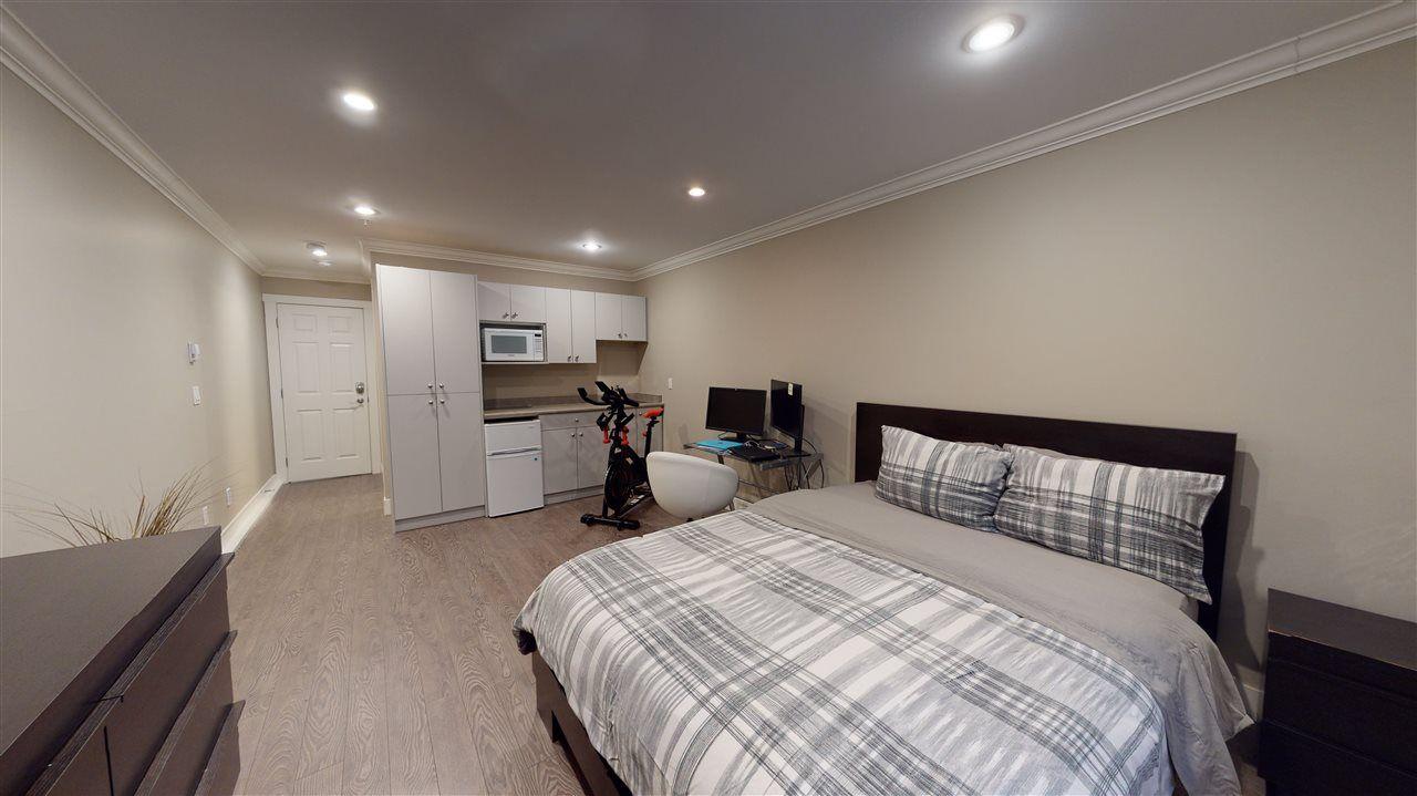 Photo 27: Photos: 3365 NAPIER Street in Vancouver: Renfrew VE House for sale (Vancouver East)  : MLS®# R2534997