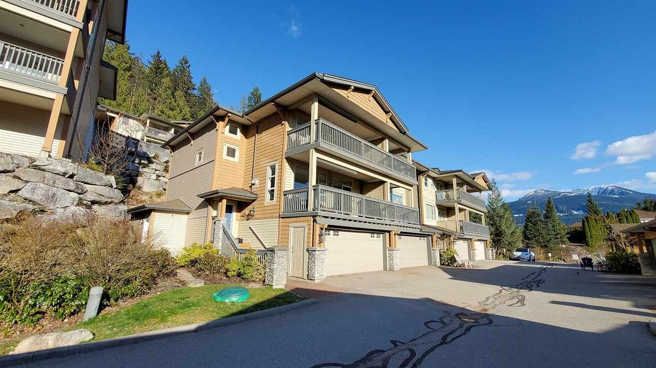 """Main Photo: 8 1024 GLACIER VIEW Drive in Squamish: Garibaldi Highlands Townhouse for sale in """"Seasonsview"""" : MLS®# R2565064"""