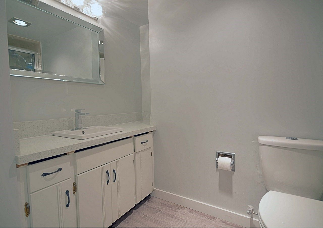 """Main Photo: 105 620 EIGHTH Avenue in New Westminster: Uptown NW Condo for sale in """"THE DONCASTER"""" : MLS®# R2159908"""