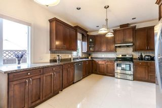 Photo 3: 3965 PRICE Street in Burnaby: Central Park BS 1/2 Duplex for sale (Burnaby South)  : MLS®# R2189673