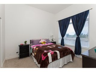 Photo 12: 402 13925 FRASER HIGHWAY in Surrey: Whalley Condo for sale (North Surrey)  : MLS®# R2213767