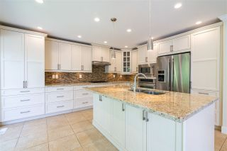 """Photo 7: 873 ROCHE POINT Drive in North Vancouver: Roche Point Townhouse for sale in """"SALISH ESTATES"""" : MLS®# R2377508"""