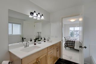 Photo 22: 258 Royal Birkdale Crescent NW in Calgary: Royal Oak Detached for sale : MLS®# A1053937
