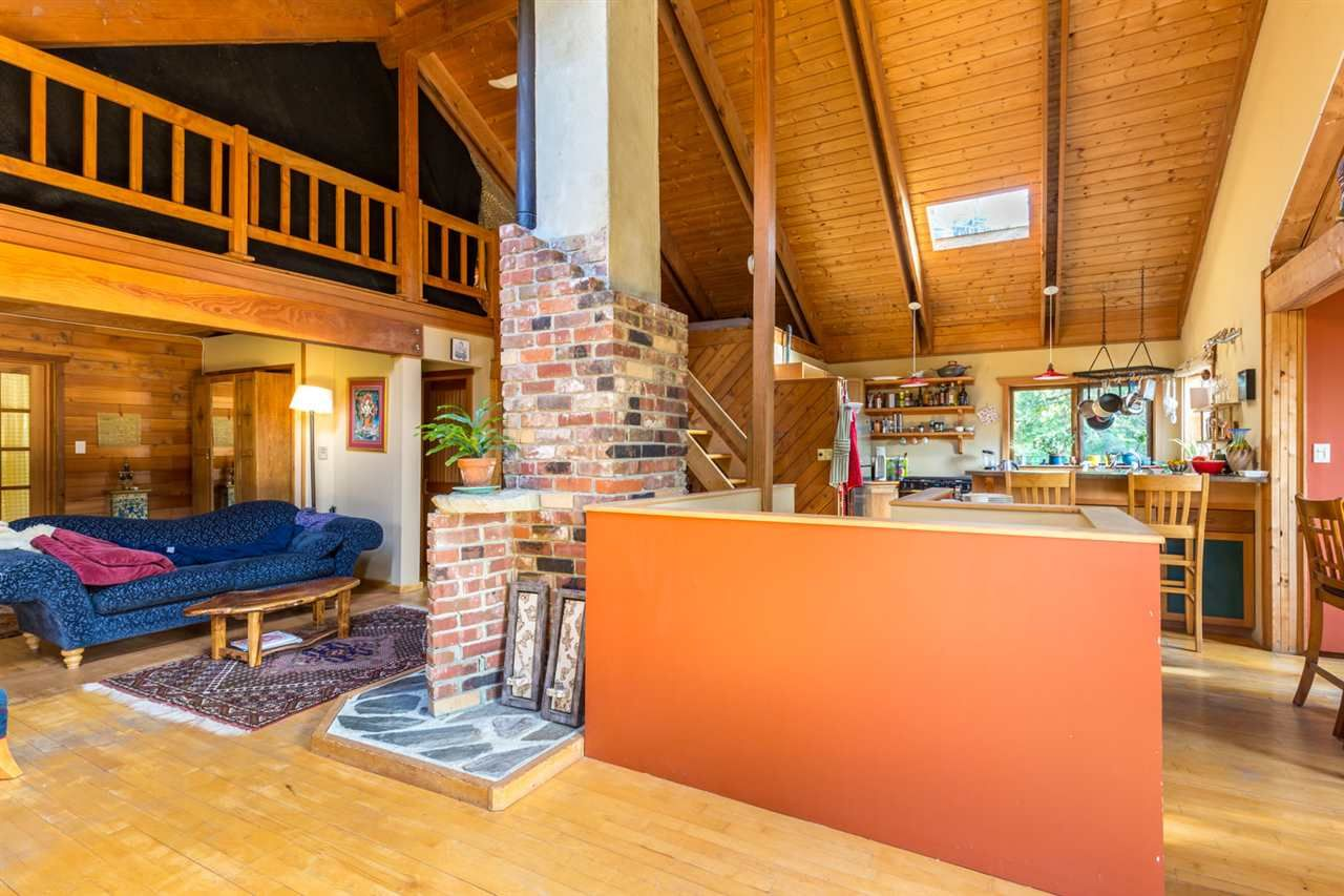 Photo 7: Photos: 1258 ROBERTS CREEK Road: Roberts Creek House for sale (Sunshine Coast)  : MLS®# R2116447