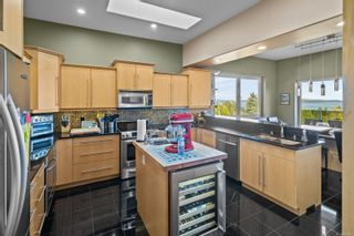 Photo 13: 2454 Liggett Rd in : ML Mill Bay House for sale (Malahat & Area)  : MLS®# 886988
