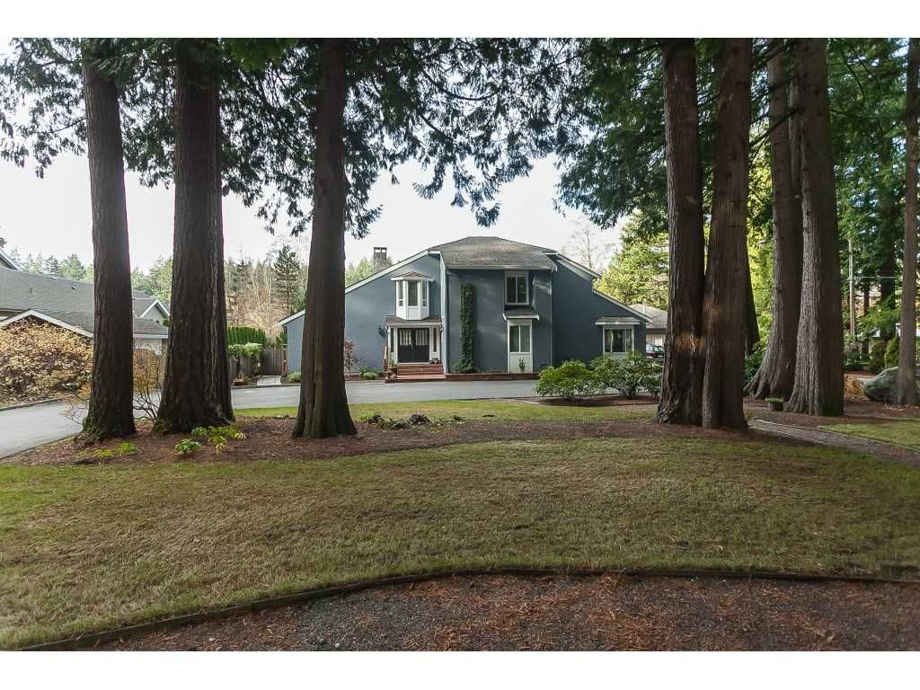Main Photo: 2027 204A Street in Langley: Brookswood Langley House for sale : MLS®# R2490874