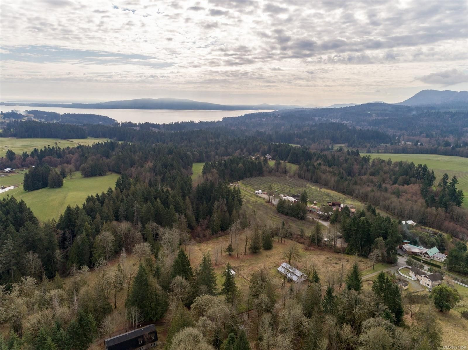 Main Photo: 1235 Merridale Rd in : ML Mill Bay House for sale (Malahat & Area)  : MLS®# 874858
