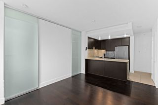 """Photo 6: 1008 1320 CHESTERFIELD Avenue in North Vancouver: Central Lonsdale Condo for sale in """"Vista Place"""" : MLS®# R2625569"""