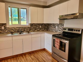 Photo 11: 439 VIEW STREET in Kaslo: House for sale : MLS®# 2460032