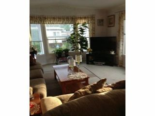 """Photo 2:  in Abbotsford: Central Abbotsford Manufactured Home for sale in """"Georgian Park"""" : MLS®# F1428759"""