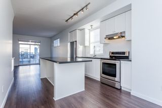 "Photo 4: 7 14955 60 Avenue in Surrey: Sullivan Station Townhouse for sale in ""Cambridge Park"" : MLS®# R2022894"
