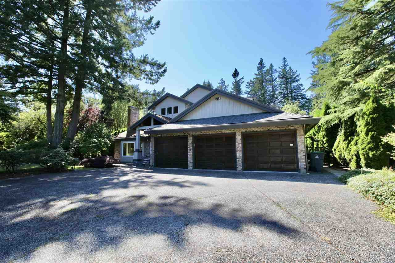 """Main Photo: 2683 NORTHCREST Drive in Surrey: Sunnyside Park Surrey House for sale in """"Woodshire Park"""" (South Surrey White Rock)  : MLS®# R2487213"""
