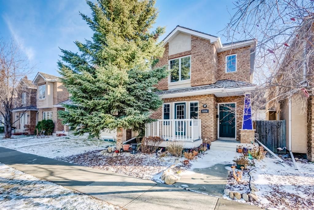 Main Photo: 5354 53 Street NW in Calgary: Varsity Detached for sale : MLS®# A1048774