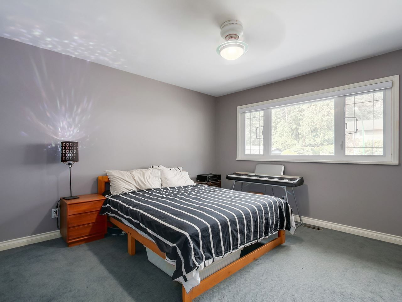 """Photo 15: Photos: 5153 SARITA Place in North Vancouver: Canyon Heights NV House for sale in """"Canyon Heights"""" : MLS®# R2055631"""