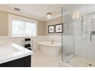 """Photo 10: 2479 W 47TH Avenue in Vancouver: Kerrisdale House for sale in """"KERRISDALE"""" (Vancouver West)  : MLS®# V942222"""