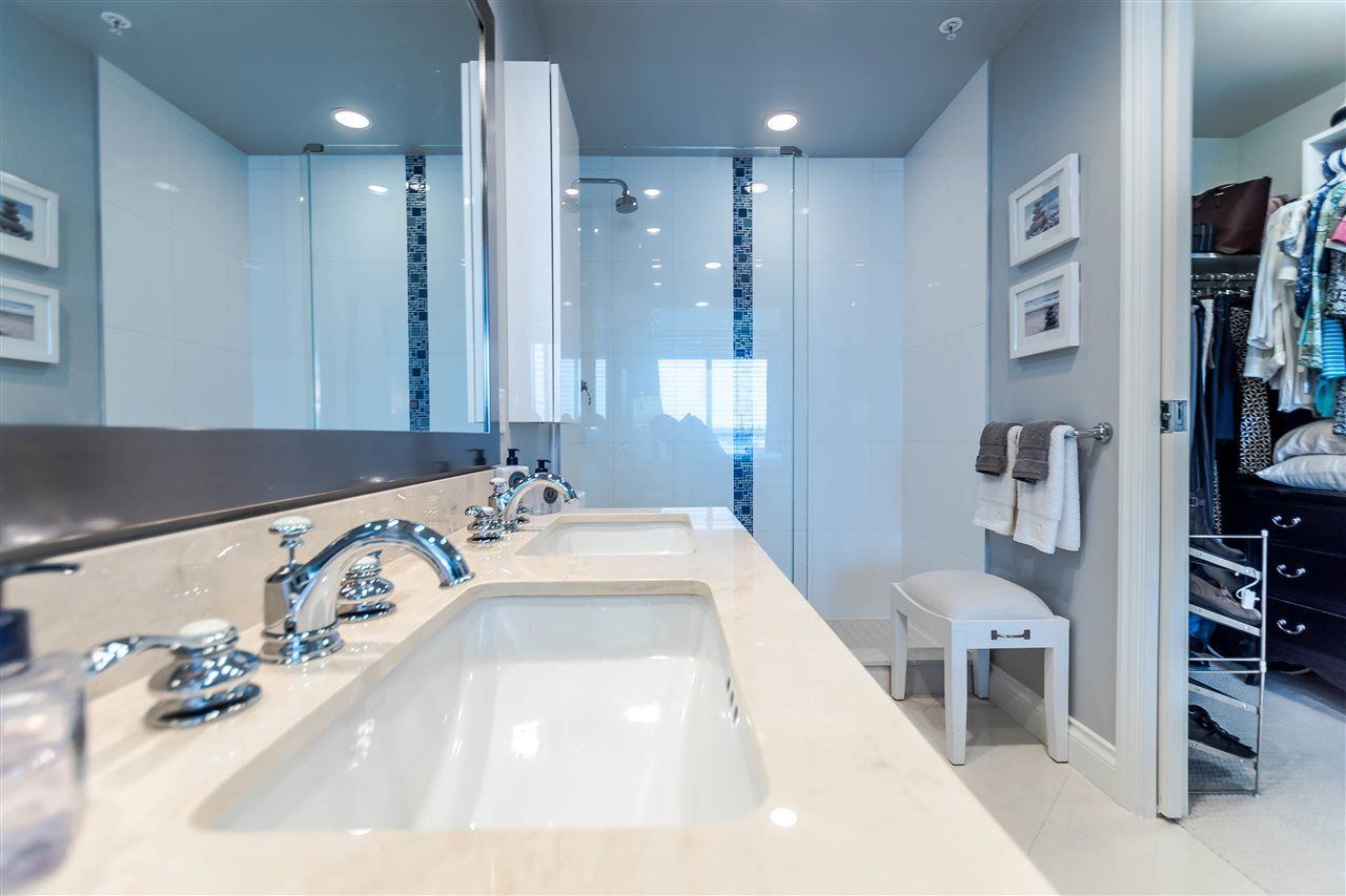 """Photo 17: Photos: 1004 172 VICTORY SHIP Way in North Vancouver: Lower Lonsdale Condo for sale in """"Atrium at the Pier"""" : MLS®# R2147061"""