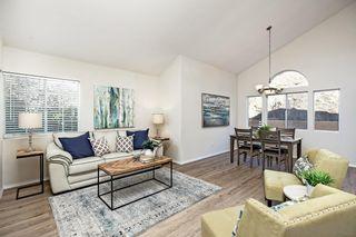 Photo 2: RANCHO PENASQUITOS House for sale : 3 bedrooms : 14419 Corte Morea in San Diego