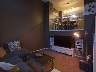 Photo 3: 117 Elgin Gardens SE in Calgary: McKenzie Towne Row/Townhouse for sale : MLS®# A1060562