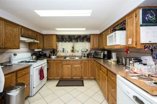 Photo 9: 241 BLUE MOUNTAIN Street in Coquitlam: Maillardville House for sale : MLS®# R2253258