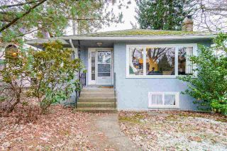 Photo 1: 2696 W 11TH Avenue in Vancouver: Kitsilano House for sale (Vancouver West)  : MLS®# R2538663