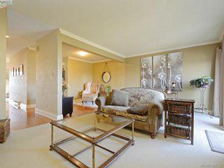 Photo 4: 29 1480 Garnet Rd in VICTORIA: SE Cedar Hill Row/Townhouse for sale (Saanich East)  : MLS®# 781357