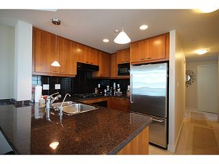 "Photo 3: 1002 1680 BAYSHORE Drive in Vancouver: Coal Harbour Condo for sale in ""BAYSHORE TOWER"" (Vancouver West)  : MLS®# V1107422"