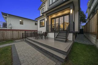 Photo 3: 1082 E 38TH Avenue in Vancouver: Fraser VE House for sale (Vancouver East)  : MLS®# R2561387