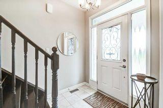 Photo 3: 369 Ware Crescent in Milton: Harrison House (2-Storey) for sale : MLS®# W5366270
