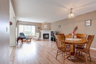 Photo 3: 960 DELESTRE Avenue in Coquitlam: Maillardville 1/2 Duplex for sale : MLS®# R2073096