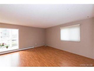 Photo 18: 109 3225 Eldon Pl in VICTORIA: SW Rudd Park Condo for sale (Saanich West)  : MLS®# 753127