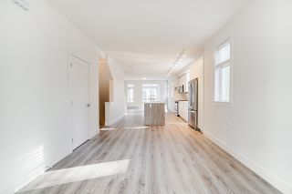 """Photo 7: 24 9688 162A Street in Surrey: Fleetwood Tynehead Townhouse for sale in """"CANOPY LIVING"""" : MLS®# R2513628"""