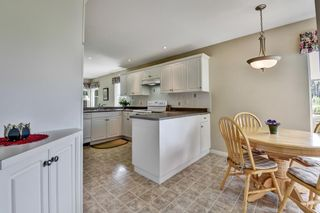 """Photo 11: 98 758 RIVERSIDE Drive in Port Coquitlam: Riverwood Townhouse for sale in """"RIVERLANE ESTATES"""" : MLS®# R2585825"""