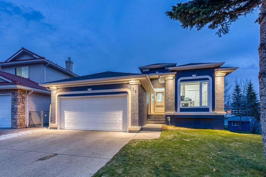 Main Photo: 226 Coral Shores Landing NE in Calgary: Coral Springs Detached for sale : MLS®# A1107142
