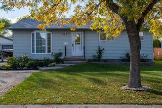 Main Photo: 51 Monaco Bay in Winnipeg: Windsor Park Residential for sale (2G)  : MLS®# 202123356