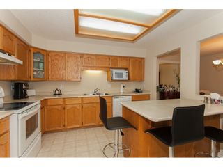 "Photo 10: 109 33110 GEORGE FERGUSON Way in Abbotsford: Central Abbotsford Condo for sale in ""Tiffany Park"" : MLS®# R2189830"