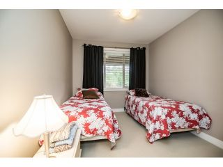 "Photo 12: 103 16483 64 Avenue in Surrey: Cloverdale BC Townhouse for sale in ""St. Andrews"" (Cloverdale)  : MLS®# R2076042"