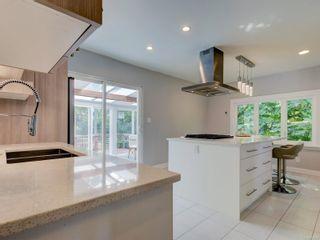 Photo 10: 28 Lotus St in : Vi Burnside House for sale (Victoria)  : MLS®# 883709