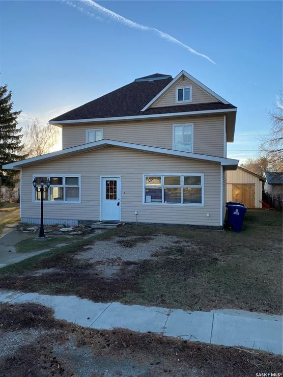 Main Photo: 818 6th Street in Perdue: Residential for sale : MLS®# SK838855