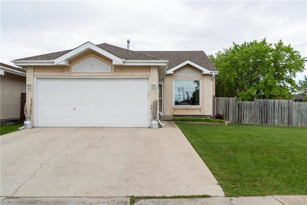 Main Photo: 3 Kildonan Meadow Drive in Winnipeg: Kildonan Meadows Residential for sale (3K)  : MLS®# 202013395