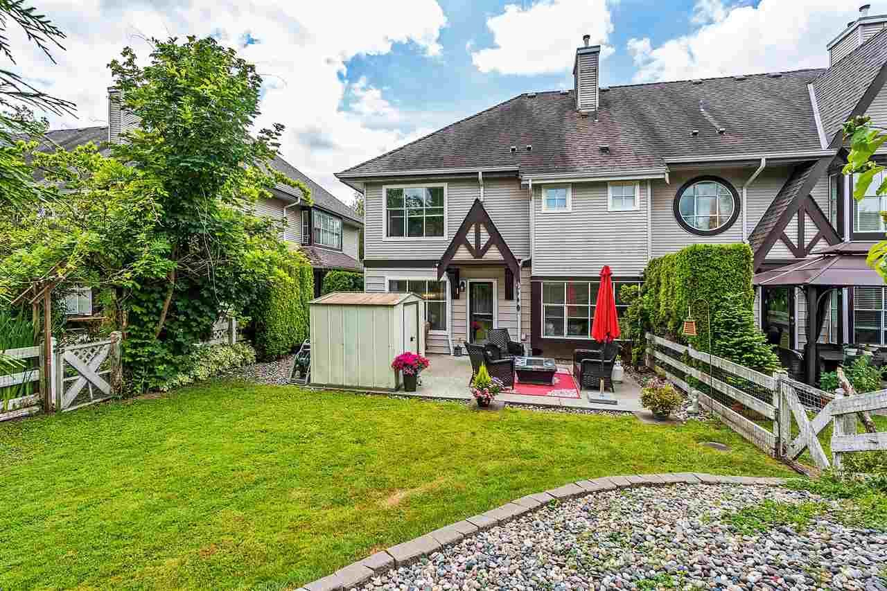 Main Photo: 18 12099 237 Street in Maple Ridge: East Central Townhouse for sale : MLS®# R2382767