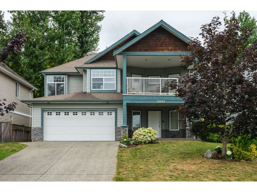 Main Photo: 33577 12TH Avenue in Mission: Mission BC House for sale : MLS®# R2391927