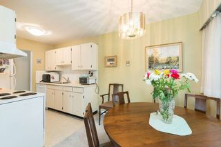 Photo 9: 302 1721 ST. GEORGES AVENUE in North Vancouver: Home for sale : MLS®# R2108093