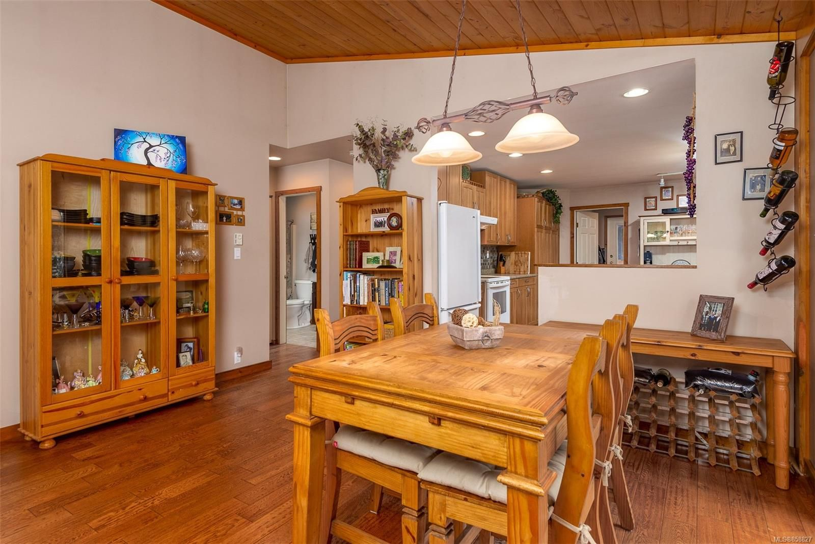 Photo 6: Photos: 1137 North End Rd in : GI Salt Spring House for sale (Gulf Islands)  : MLS®# 858827