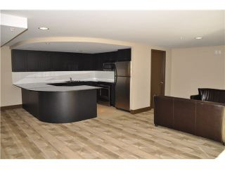 """Photo 14: 702 7225 ACORN Avenue in Burnaby: Highgate Condo for sale in """"AXIS"""" (Burnaby South)  : MLS®# V1087439"""