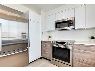 """Photo 11: 1201 1405 W 12TH Avenue in Vancouver: Fairview VW Condo for sale in """"THE WARRENTON"""" (Vancouver West)  : MLS®# V1062327"""