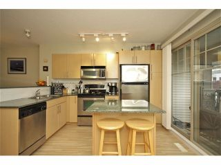 """Photo 7: 72 19250 65TH Avenue in Surrey: Clayton Townhouse for sale in """"SUNBERRY COURT"""" (Cloverdale)  : MLS®# F1302925"""