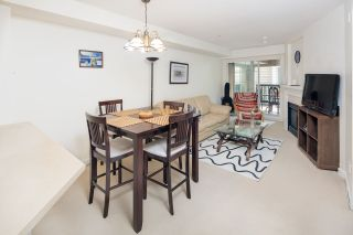 """Photo 8: 210 5605 HAMPTON Place in Vancouver: University VW Condo for sale in """"PEMBERLEY"""" (Vancouver West)  : MLS®# R2364341"""