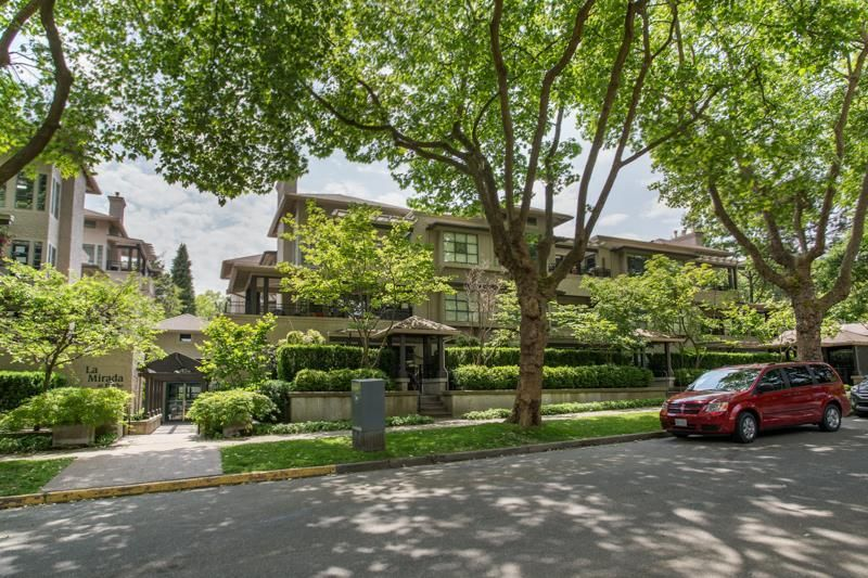 Main Photo: 106 3788 W 8TH AVENUE in Vancouver: Point Grey Condo for sale (Vancouver West)  : MLS®# R2470249