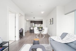 """Photo 4: 1102 111 E 1ST Avenue in Vancouver: Mount Pleasant VE Condo for sale in """"BLOCK 100"""" (Vancouver East)  : MLS®# R2617874"""