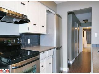 Photo 6: 102 2211 CLEARBROOK Road in Abbotsford: Abbotsford West Condo for sale : MLS®# F1118962